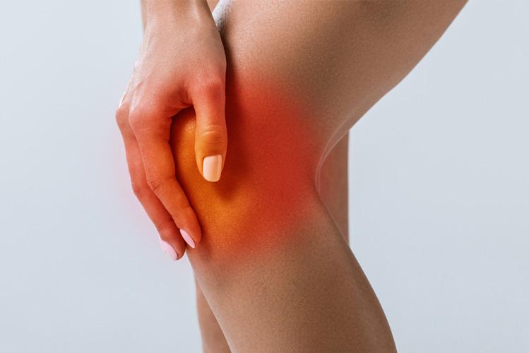 ExcellentCarePharmacy_Arnprior_Ontario_Drive_Thru_foot_care_knee_hurt