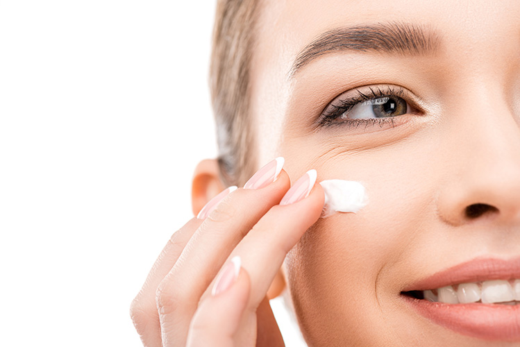 ExcellentCarePharmacy_Arnprior_Ontario_Drive_Thru_skin_care